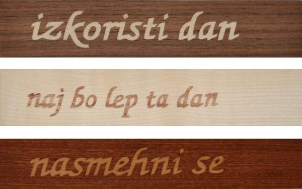ročno izdelano leseno knjižno kazalo