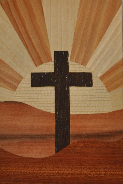 ročno izdelana lesena voščilnica z motivom križa