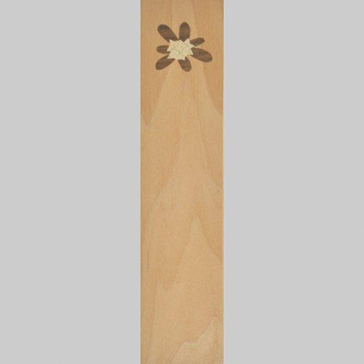 ročno izdelana lesena knjižna kazalka z motivom Blagajevega volčina