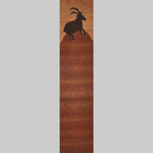ročno izdelana lesena knjižna kazalka z motivom kozoroga