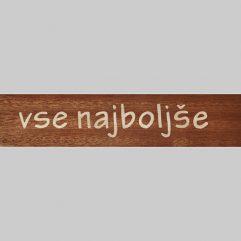 ročno izdelana lesena knjižna kazalka z napisom vse najboljše