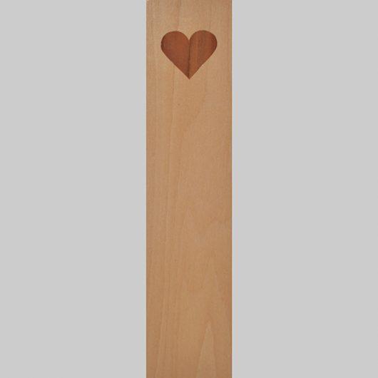 ročno izdelana lesena knjižna kazalka z motivom srca