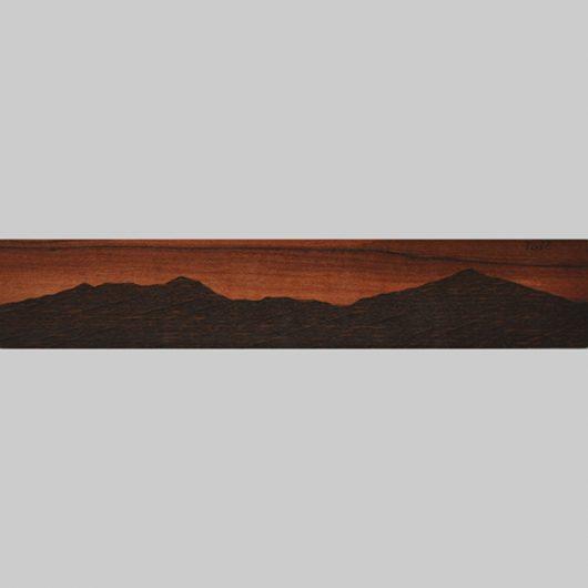 ročno izdelana lesena knjižna kazalka s panoramo Tošča (Polhov Gradec)